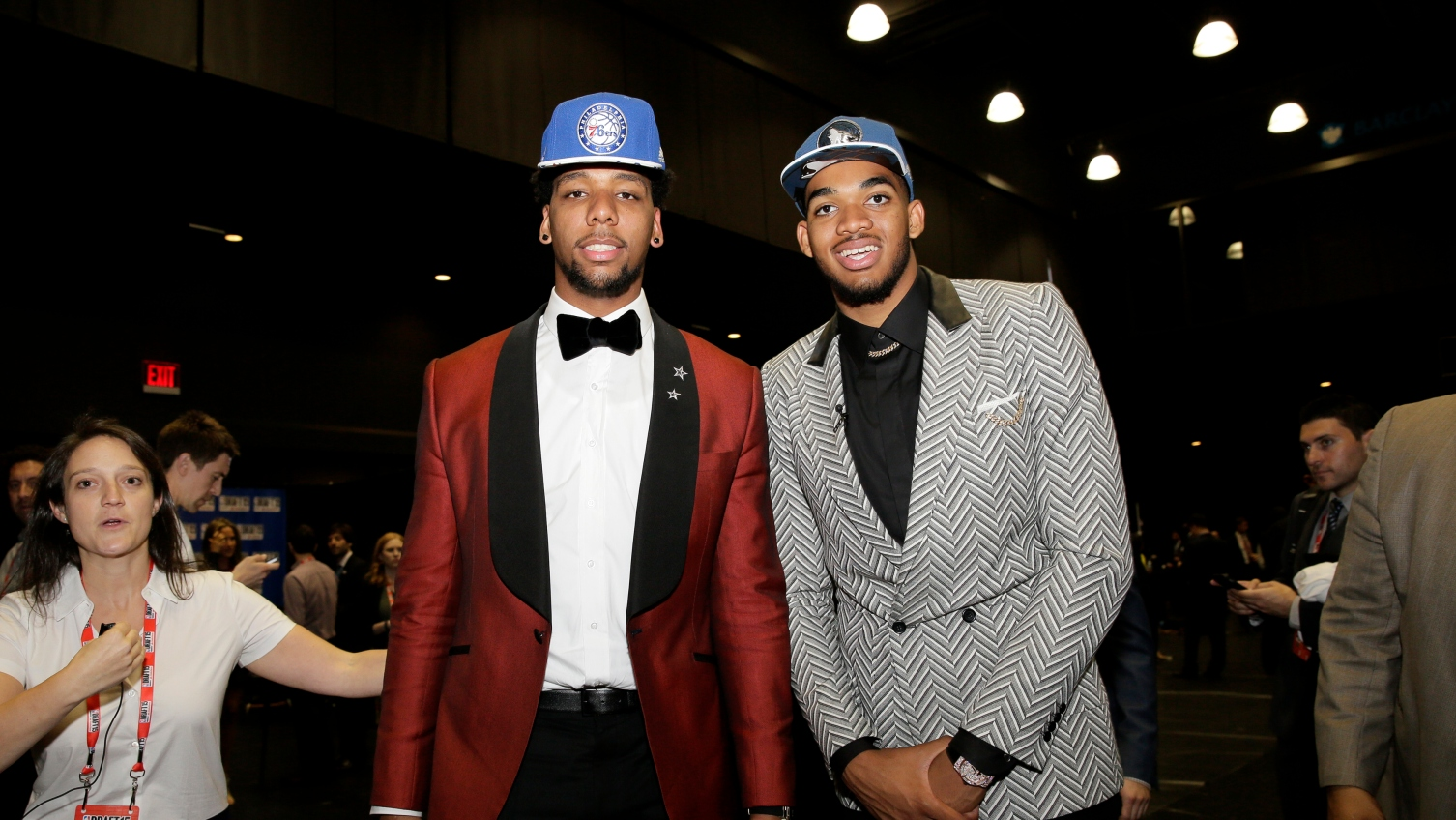 NBA rookie survey suggests Karl-Anthony Towns over Jahlil Okafor was a mistake