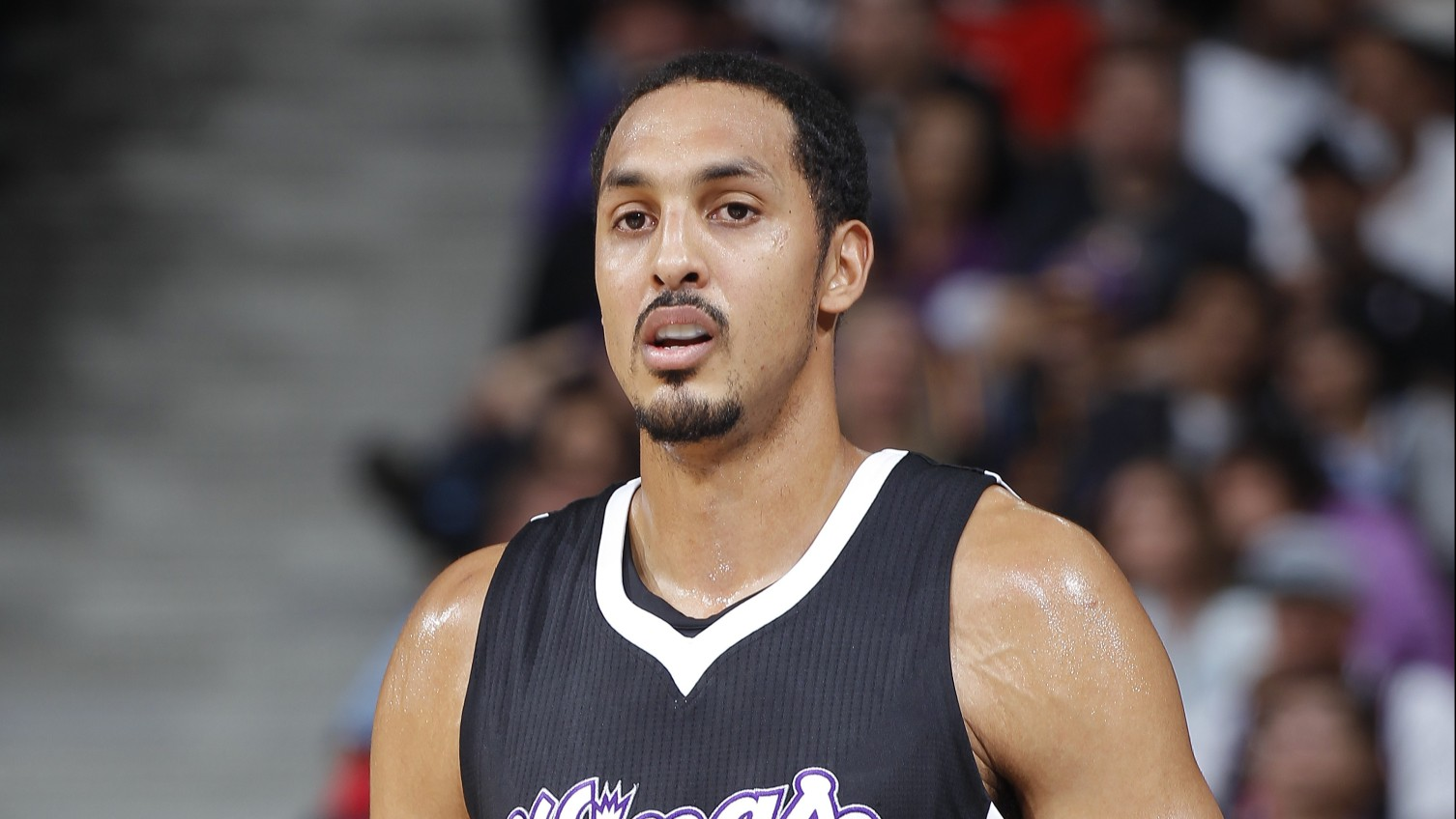 Report: Ryan Hollins receiving interest from Kings, Wizards, Clippers
