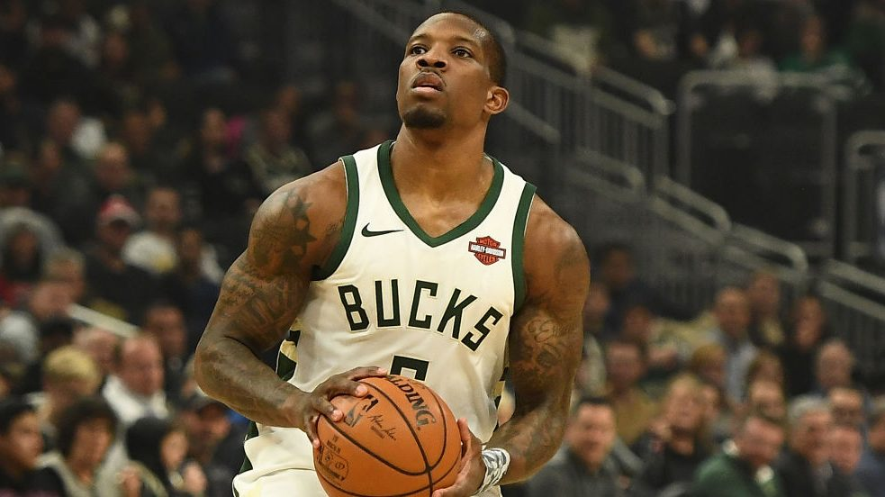 Bucks' Eric Bledsoe out two weeks due to right fibula avulsion fracture