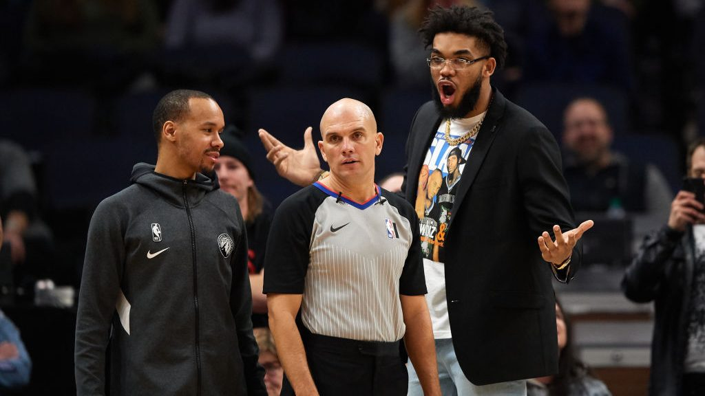 Thirty days after being called 'day-to-day,' Karl-Anthony Towns returns to Timberwolves