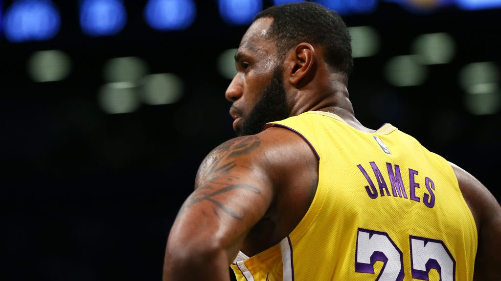 Three Things to Know: LeBron's big day, first named All-Star captain, then has triple-double