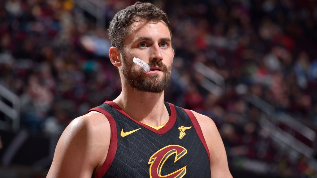 Report: Trail Blazers offered expiring contracts to Cavaliers for Kevin Love