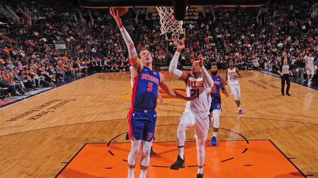 Pistons guard Luke Kennard vs. Suns