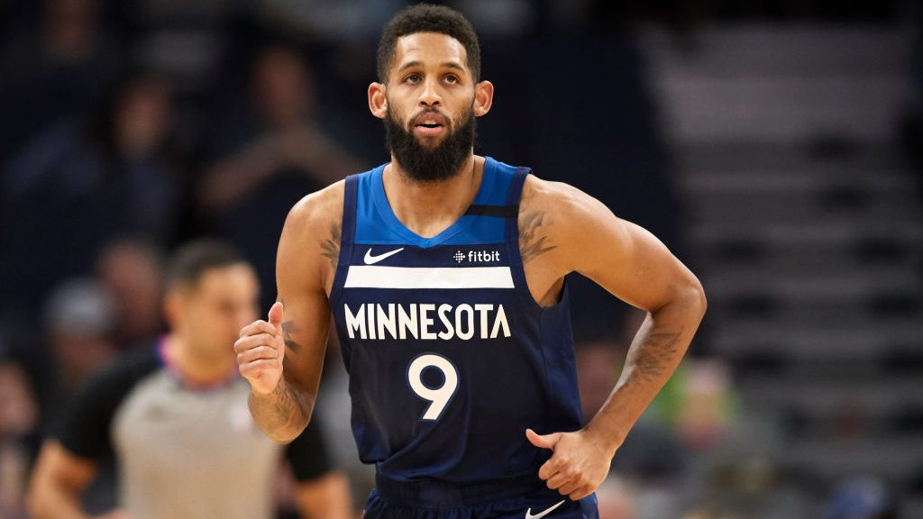 Report: Timberwolves still over luxury-tax line after Allen Crabbe buyout