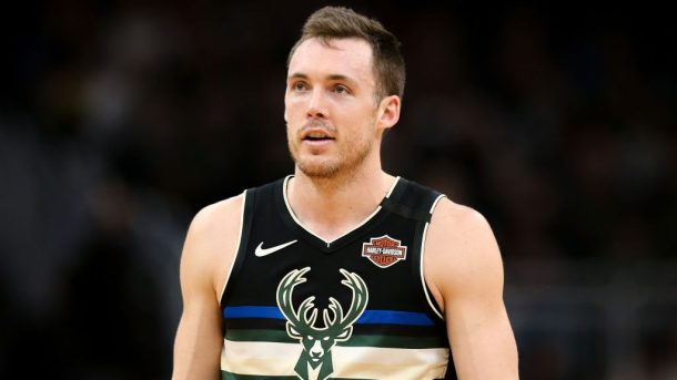 Bucks guard Pat Connaughton