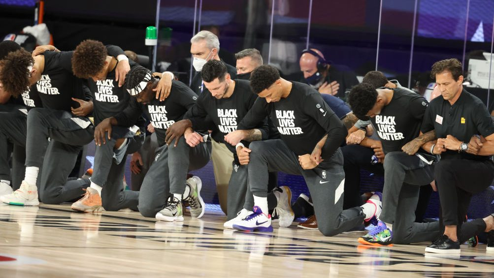 Lakers Clippers Pelicans Jazz Players Kneel During National Anthem
