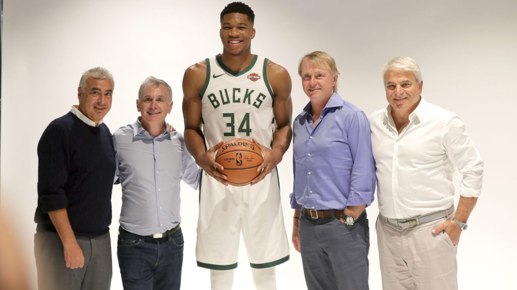 Bucks star Giannis Antetokounmpo with Bucks co-owners Marc Lasry, Jamie Dinan, Wes Edens and Mike Fascitelli