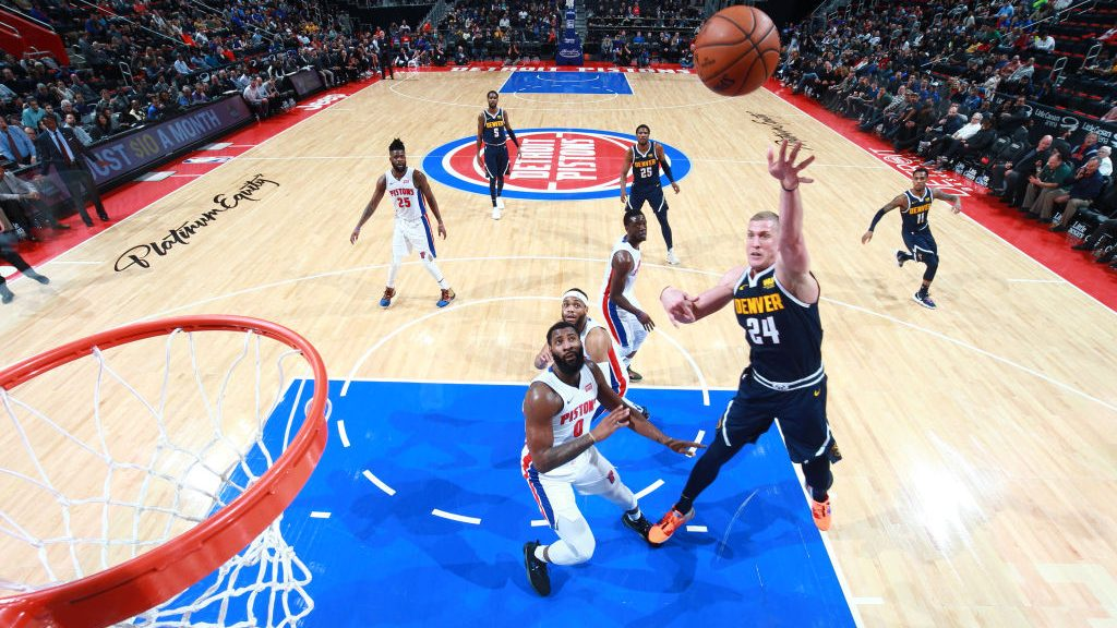 Nuggets center Mason Plumlee vs. Pistons
