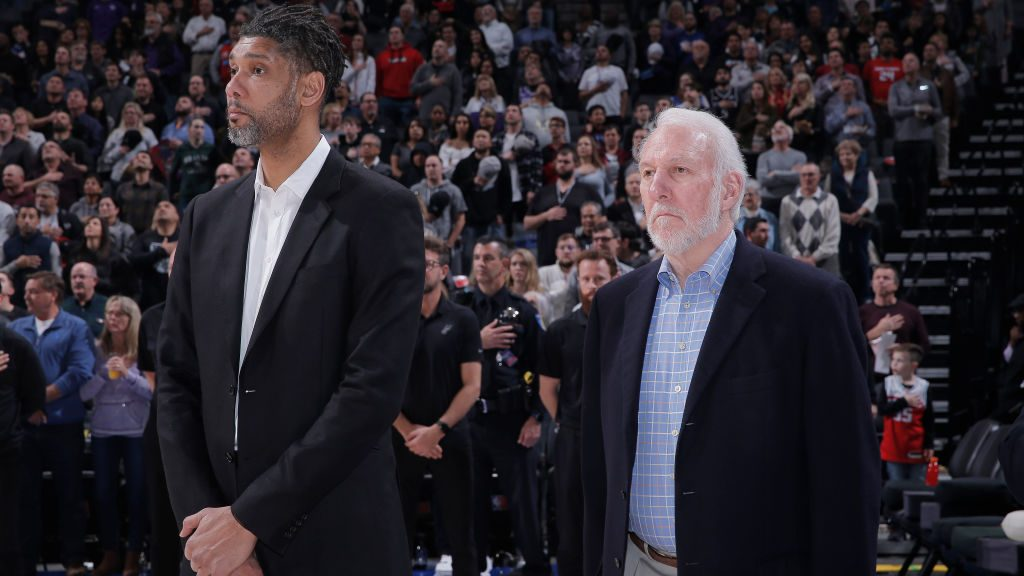 Tim Duncan and Spurs coach Gregg Popovich