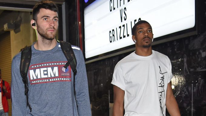 Grizzlies players John Konchar and De'Anthony Melton