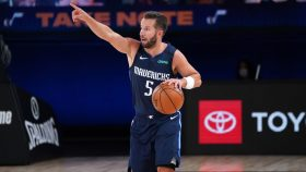Mavericks guard J.J. Barea