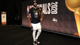 Lakers star Anthony Davis