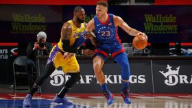Pistons forward Blake Griffin and Lakers star LeBron James