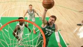 Milwaukee Bucks v Dallas Mavericks
