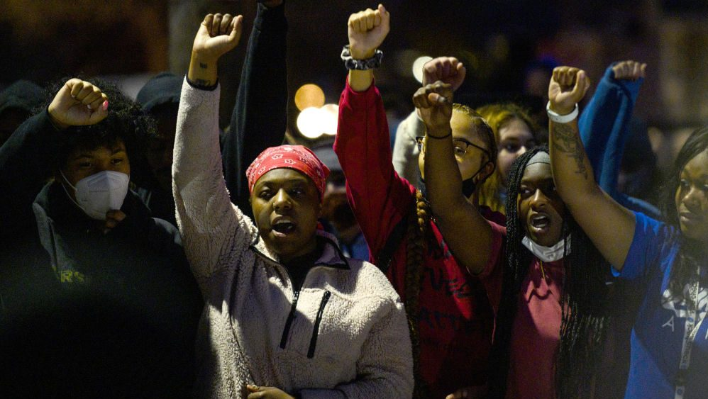 Police Shooting Near Minneapolis Sparks Protest
