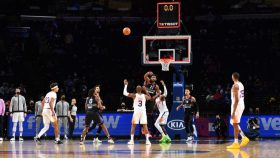 Joel Embiid misses buzzer beater in 76ers-Suns