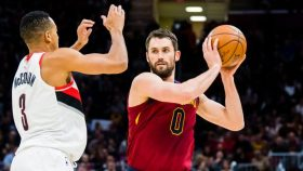 Kevin Love in Cavaliers-Trail Blazers
