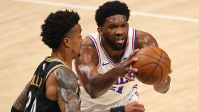 Joel Embiid and John Collins in 76ers-Hawks Game 4