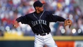 Future Timberwolves owner Alex Rodriguez playing for Seattle Mariners
