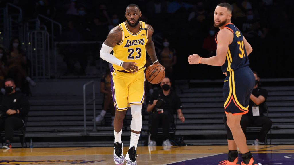 Lakers star LeBron James and Warriors star Stephen Curry
