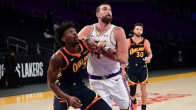 Marc Gasol inGolden State Warriors v Los Angeles Lakers